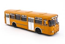 ЛиАЗ-677М автобус городской - оранжевый 1:43