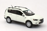 Mitsubishi Outlander XL - 2010 - white solid 1:43